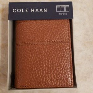 💕HP💕 Cole Haan Trifold Wallet Tan Leather New
